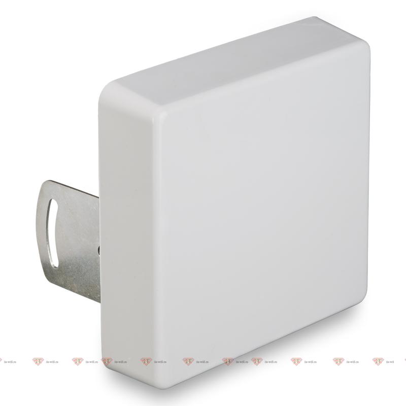 Широкополосная 2G/3G/4G антенна 15 дБ KP15-750/2900